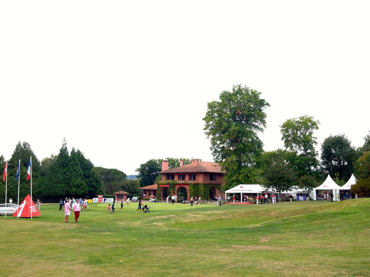 Location de tentes, tipis et structures pour évènements sportifs