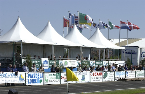 location tente evenement sportif